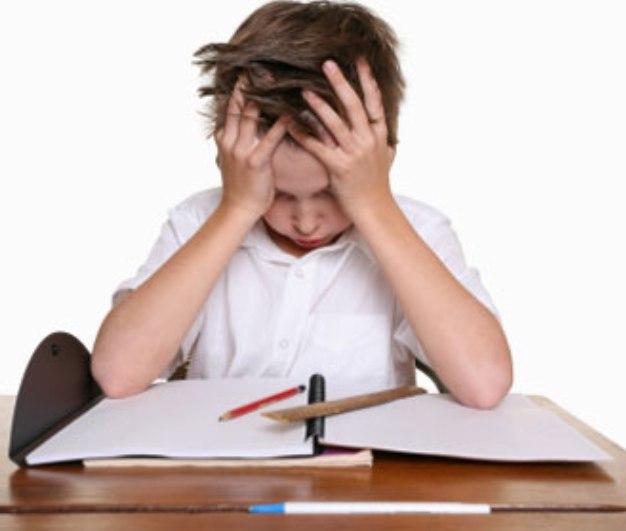 Volta às aulas: 1 em cada 10 crianças tem dificuldade de aprendizagem