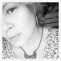 Confesso, eu sou estabanada! - Elisabete Cunha